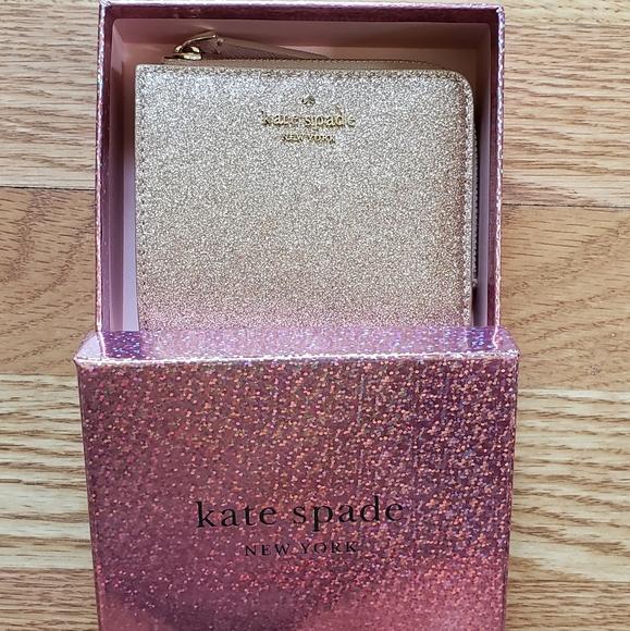 kate spade Handbags - Kate Spade Bi-fold Wallet